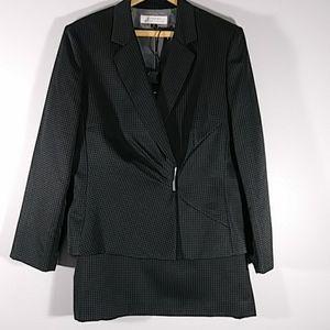 TAHARI 2 PIECE suit gray/ white polka dots Sz 18